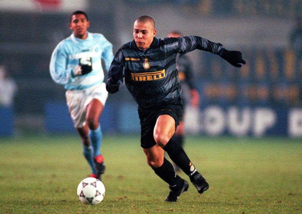 inter milan 1997-98 third kit